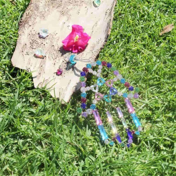 חמסה משובצת תמונה על דשא