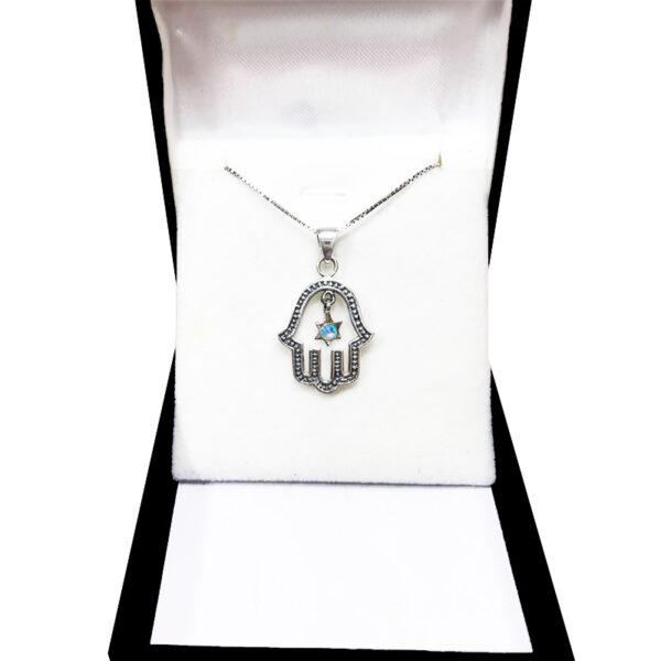 שרשרת חמסה מכסף 925 משובצת אבן אופל עגולה.