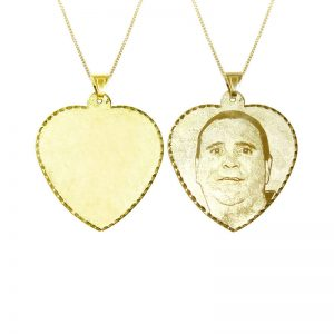 חריטת תמונה איכותית על  תליון לב ענק ( 4.1 * 3.8 סמ ) מזהב צהוב 14K