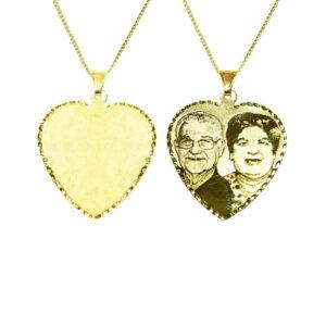 חריטת תמונה איכותית במיוחד על גבי תליון לב גדול ( 3.5*3.1 סמ ) מזהב צהוב 14K