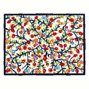 קרש חלה גדול ממתכת בחיתוך לייזר ציור יד רימונים צבעוניים מהממים! ממתכת העשויה מעשרות רימונים צבעוניים בחיתוך לייזר מדויק וצביעה ידנית. פריט גדול ייחודי - ע