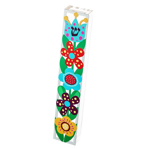 """בית מזוזה """"פרחים"""" - מאקרילי שקוף עם מגזרת מתכת צבעוני של פרחים בשלל צבעים עם מסגרת שקופה - עבור לקלף באורך 15 ס""""מ - מעוצב ומיוצר ע""""י אמנית היודאיקה דורית קליין. מחיר מבצע מתנות ישראל"""