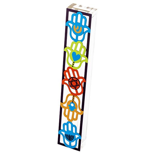 """בית מזוזה """"חמסות"""" - מאקרילי שקוף עם מגזרת מתכת צבעוני של חמסות בשלל צבעים עם אייקונים מסורתיים. מסגרת שחורה- עבור לקלף באורך 15 ס""""מ - מעוצב ומיוצר ע""""י אמנית היודאיקה דורית קליין. מחיר מבצע מתנות ישראל"""