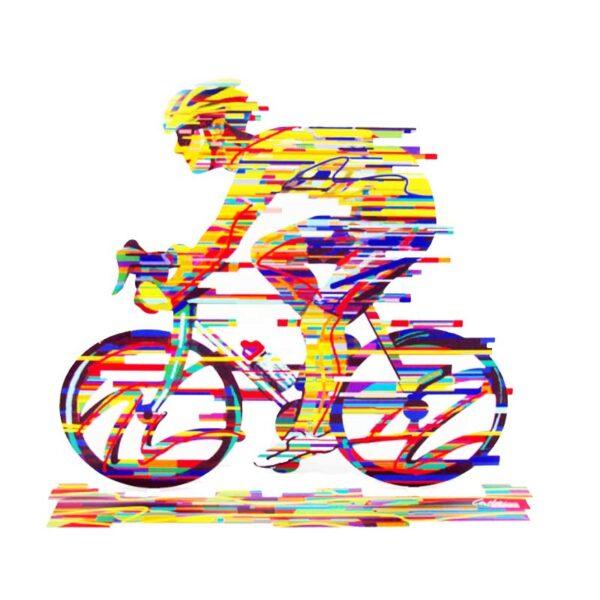 """רוכב אופניים CHAMPION גדול ( גובה 36cm (14.17"""") X רוחב 43cm (16.9"""") משקל 1.45 Kg – סטנד מתכת צבעוני בעבודת יד מהמם בצורת רוכב אופניים. מעוצב ומיוצר ע""""י האמן דוד גרשטיין. פסל מתכת מקסים זה להנחה על השולחן \ מדף מאת דייוויד גרשטיין, החוקר את אחד הנושאים החביבים עליו ביותר, רכיבה על אופניים. יצירה זו מעט גדולה יותר מרוב הפסלים העומדים בפני חופשה של גרשטיין והיא הדפס דו צדדי על מתכת בחיתוך לייזר."""